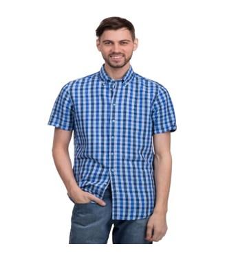 Интересен спортивный стиль, обратите внимание на спортивные сумки,  футболки. Вы сможете ознакомиться с классическими вариантами одежды,  молодежными моделями ... 74861d4b265