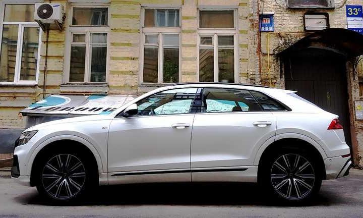 """У латвийского дипломата в Одессе """"угнали"""" автомобиль"""