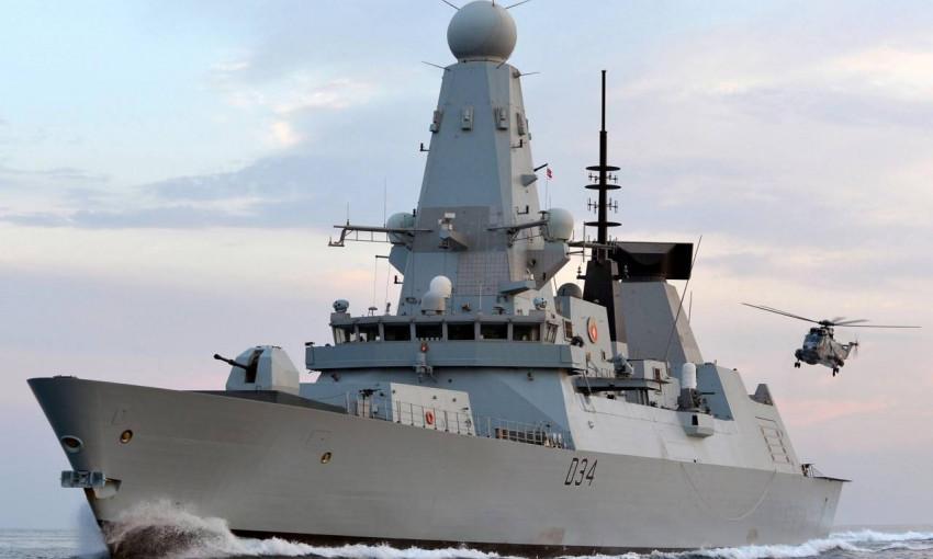 Русские атаковали  британский военный корабль  в акватории Черного моря