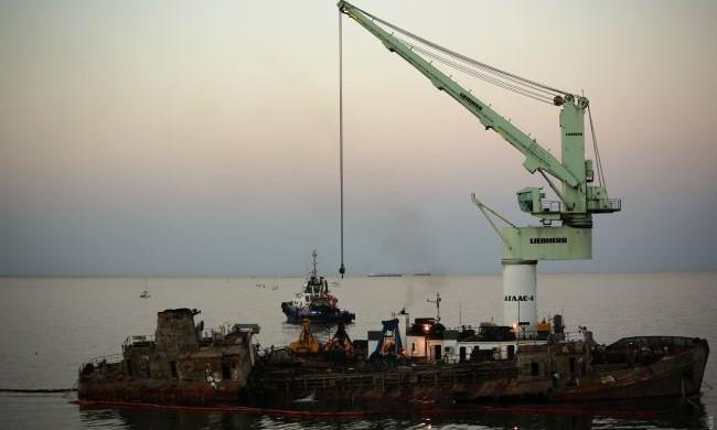 Танкер Delfi все еще лежит – судно снова не подняли