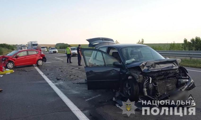 В тройном ДТП на Киевской трассе пострадали дети