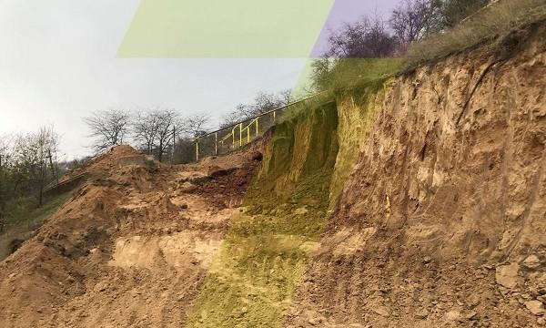 В Одессе обрушился склон