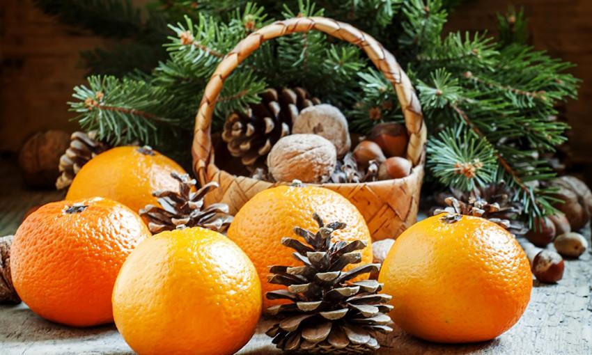 В Украине перед Новым годом подорожали огурцы и мандарины
