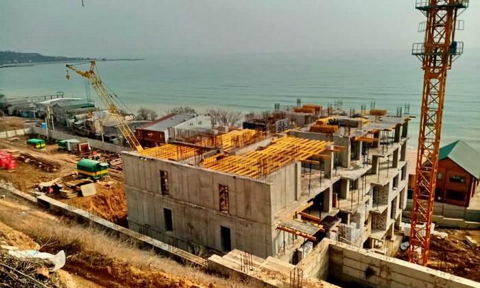 В Крыжановке 16-этажный дом строят в оползнеопасной зоне
