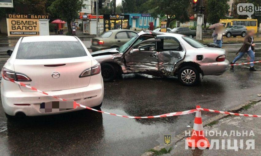 Роковое ДТП в Одессе: полицейский проехал на красный
