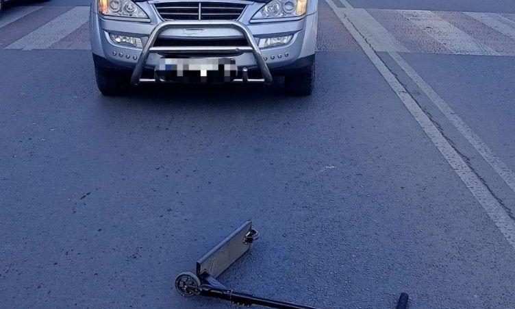 Неприятный инцидент на поселке Котовского: автомобиль сбил подростка