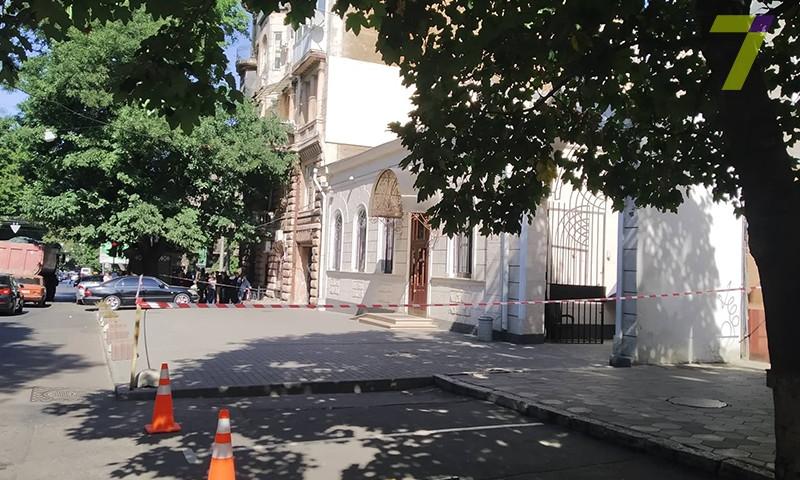 """Сегодня в Одессе """"минировали"""" синагогу (ФОТО)"""