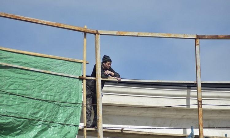 Рабочие продолжили реставрацию Воронцовской колоннады