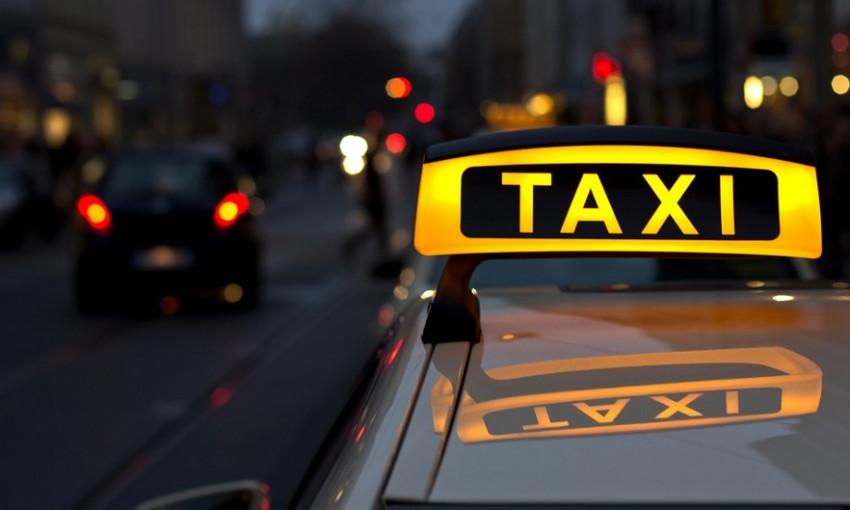 В Одессе пассажир напал на таксиста