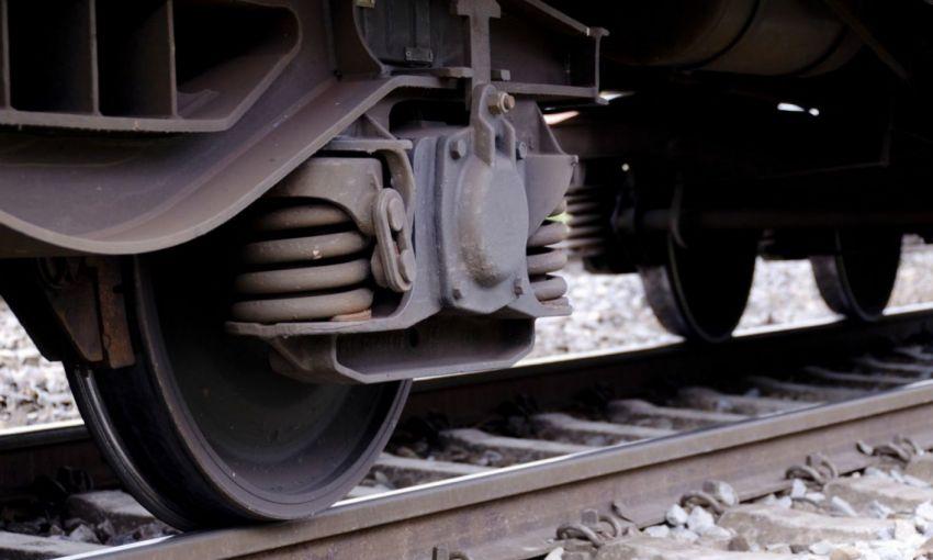 Житель Одессы попал под колёса поезда