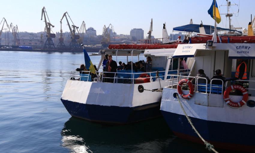 Сезон катеров: в Одессе можно прогуляться по морю