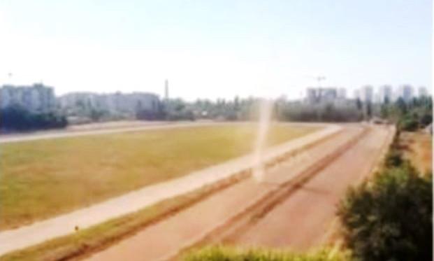 """По одесскому ипподрому промчался """"праздничный смерч"""" (видео)"""