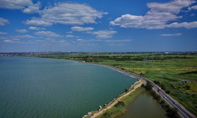 В Одессе предполагают возможность прорыва дамбы на Хаджибейском лимане